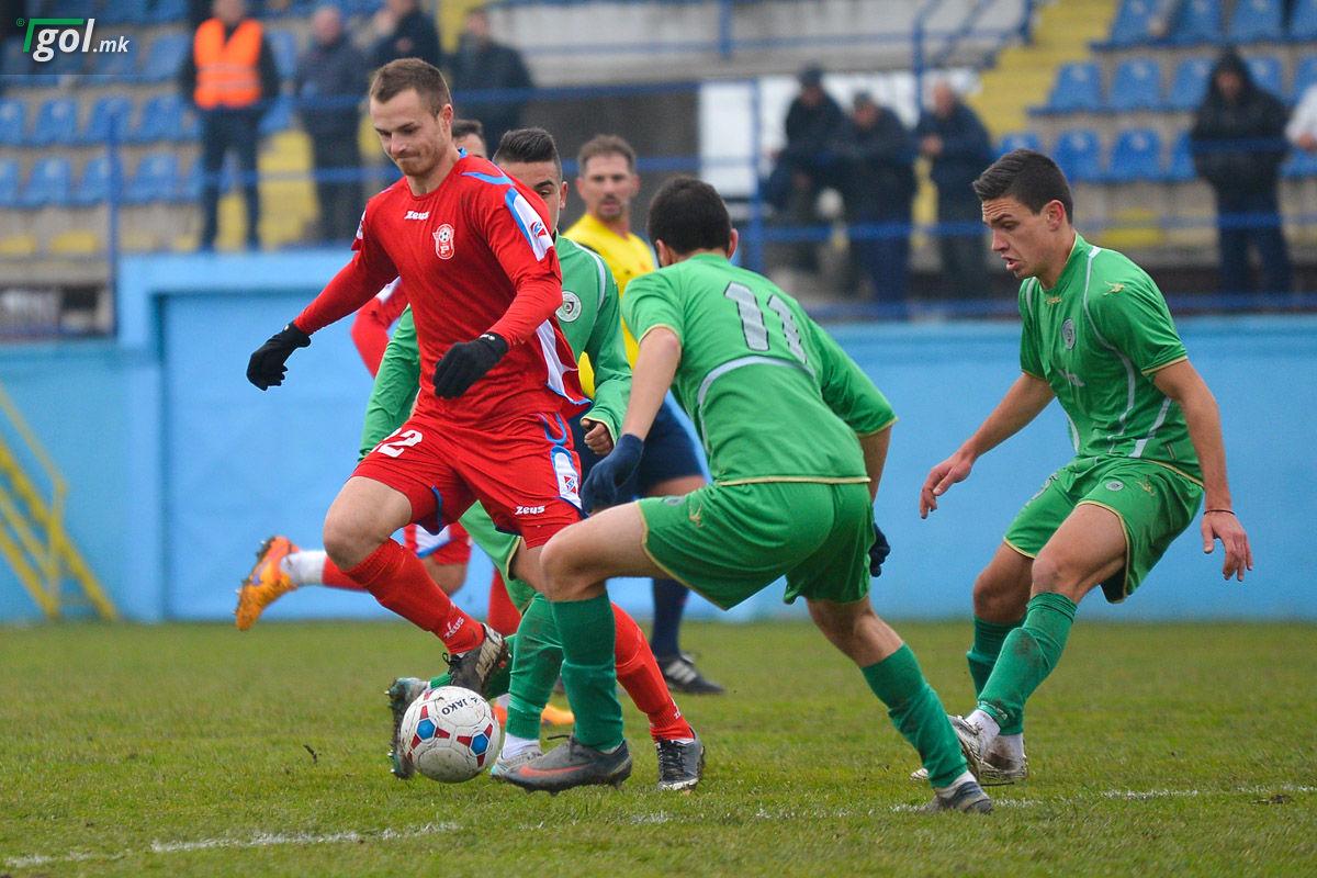 Марјан Алтипармаковски во дресот на Работнички