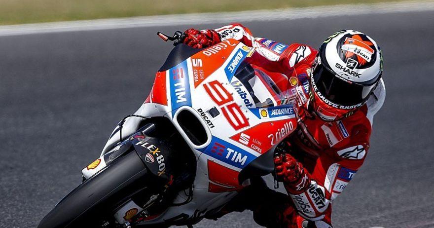 Лоренцо побара уште неколку недели за перфектни перформанси на новиот мотор