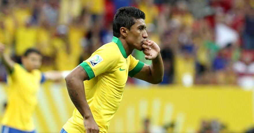 Спектакуларен гол на Паулињо  Бразил израмнува во Монтевидео