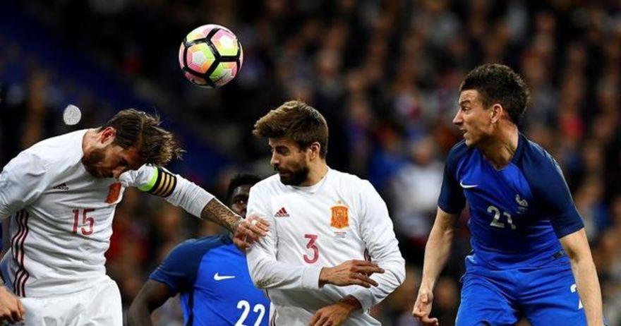 Пике  удри  по Реал  Плачат за ПСЖ  а освоија европска титула од ОФСАЈД