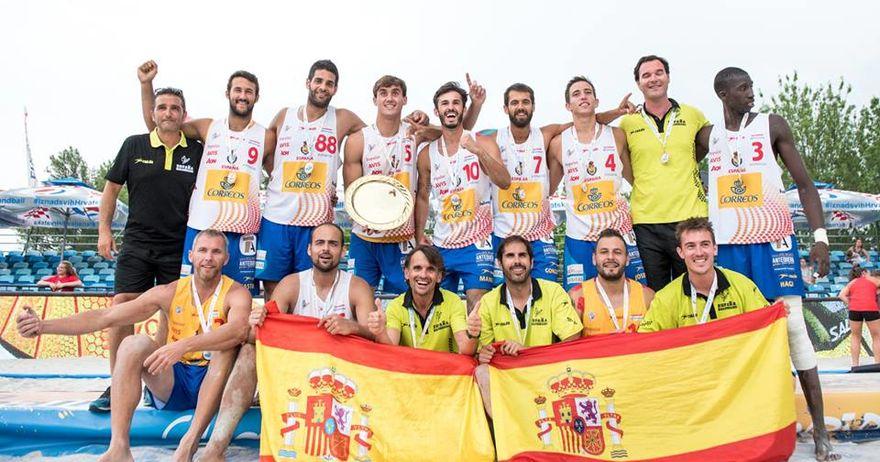 Шпанците и Норвежанките го освоија златниот медал на ЕП во ракомет на песок
