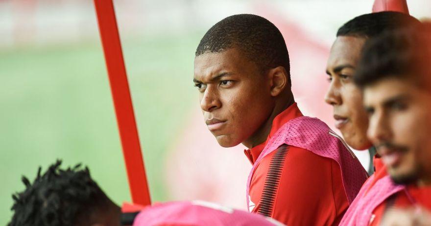 Сагата за Мбапе продолжува  тинејџерот изоставен од составот на Монако за мечот против Мец