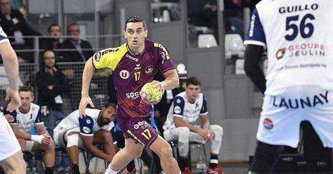 Кирил Лазаров Франција