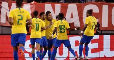 Бразил против САД