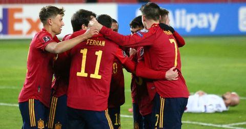 Шпанија победа