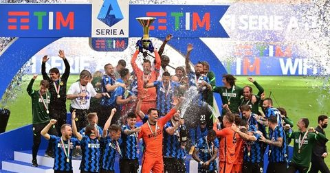Интер титула трофеј