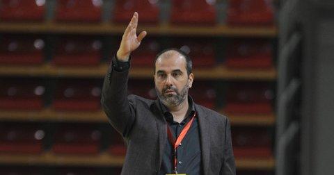 Васко Скендеровски на натпревар на Македонија