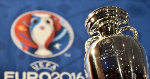 Трофејот на Европското  првенство во фудбал
