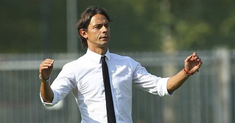 Филипо Инзаги како тренер на Милан