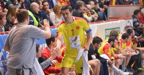 Кире Лазаров на натпреварот со Црна Гора