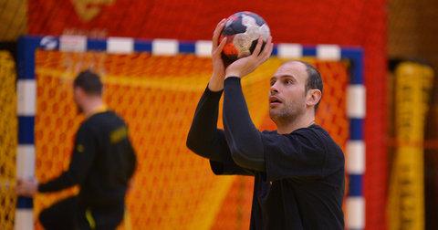 Влатко Митков пред мечот со Србија