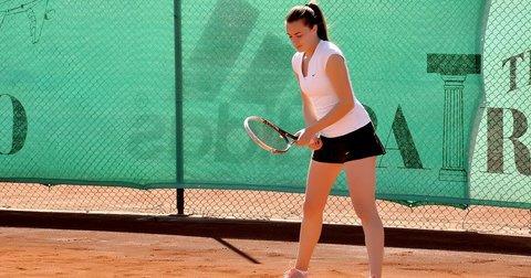 Лина Ѓорческа на тениски меч