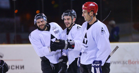 Балканската лига во хокеј започна со пораз на Металург