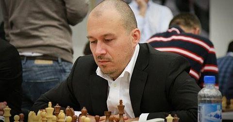 Александар Чоловиќ