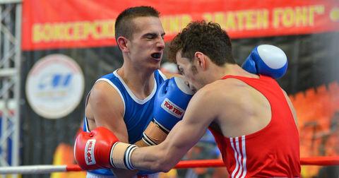 Боксерски меч од Златниот гонг