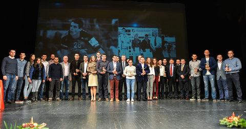 Најуспешните спортист на Македонија за 2015 година