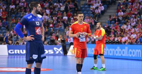 Кире Лазаров против Никола Карабатиќ на мечот Македонија - Франција